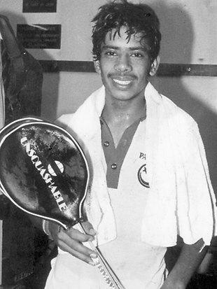 Jahangir Khan Squash Player